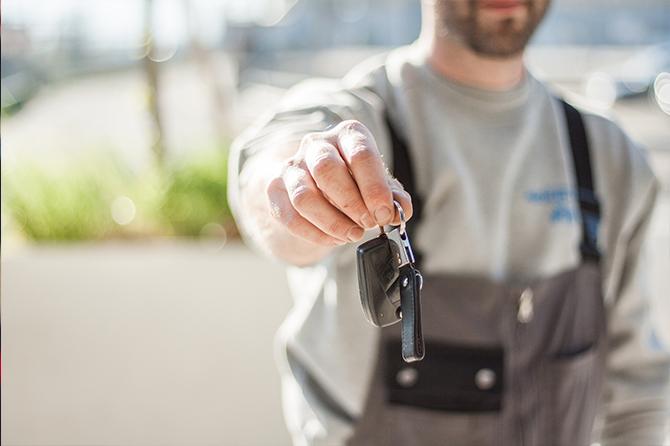 Cheguei aos 60. É preciso vender o carro para manter o plano de saúde?